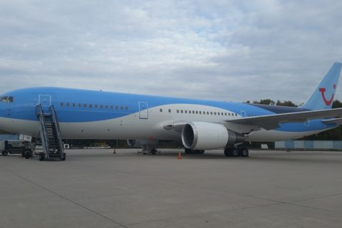 Boeing 767 der Tuifly. Bild: AeroInternational
