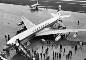 Eintreffen der Boeing 707 am Hamburg Airport im Jahr 1969